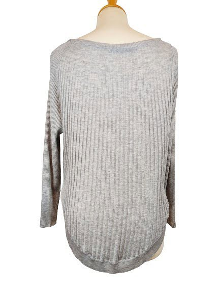 Pull coupe arrondie