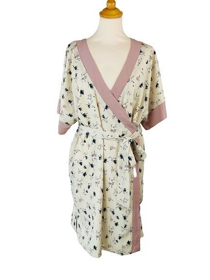 Robe portefeuille japonisante