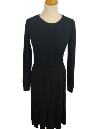 Robe pull forme corolle